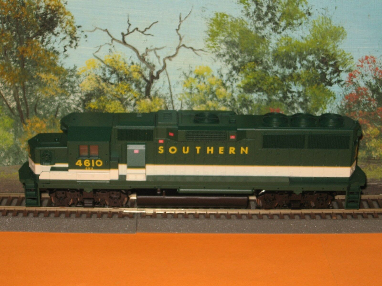 ATHEARN HO SCALE  4766 SOUTHERN  4610 POWErosso