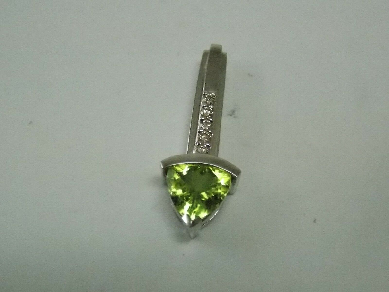 Peridot & Diamonds Fashion Pendant on 10K White gold by Allura