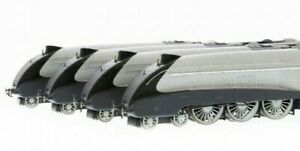 Hornby-R3337-The-Silver-Jubilees-Collection-80th-Anniversary-Ltd-Edit-DCC-Ready
