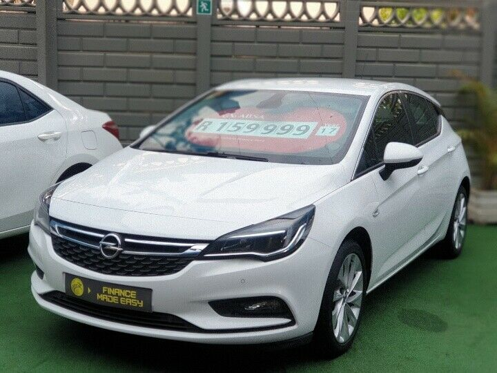 2017 Opel Astra 1.0T EcoFlex , White with 114400km available now!