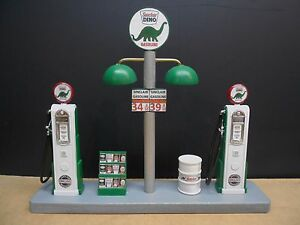 034-SINCLAIR-034-GAS-PUMP-ISLAND-W-GAS-PRICE-SIGN-1-18TH-SCALE-HAND-CRAFTED-NEW