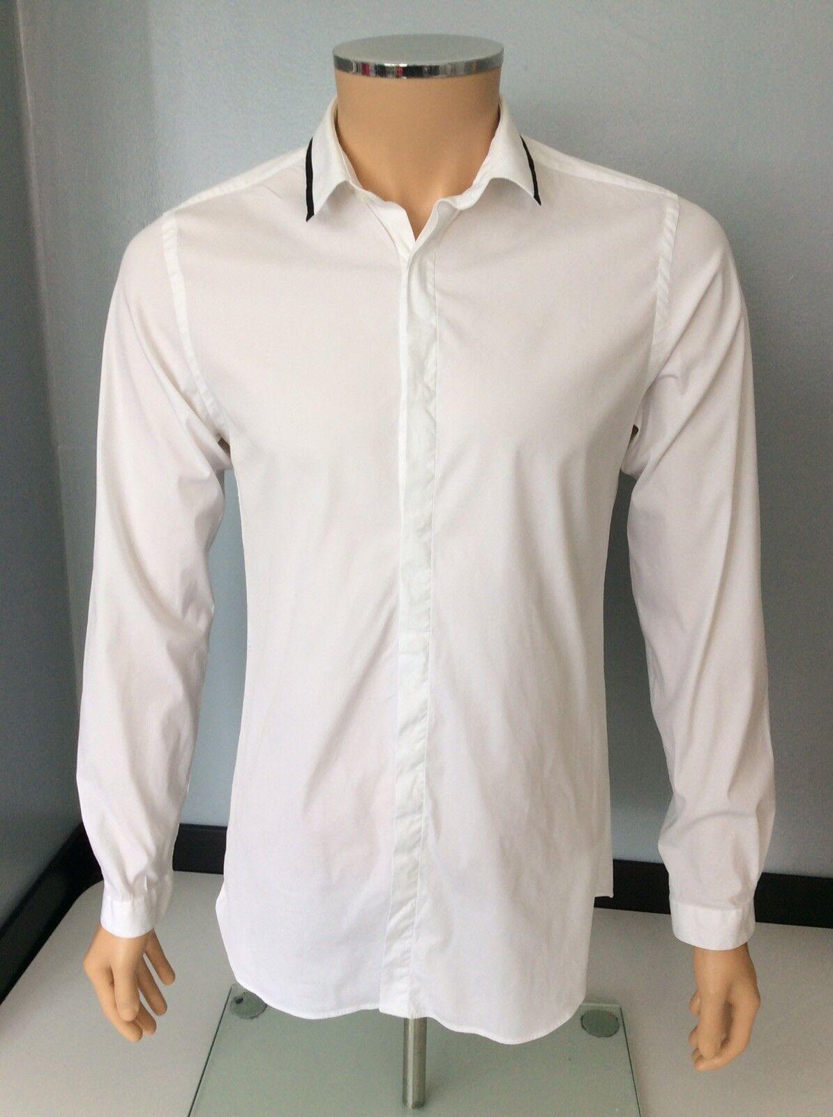 La camicia da uomo KOOPLES TAGLIA S SMALL in buonissima condizione controllato