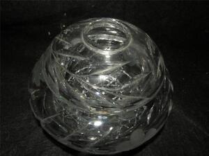 ANTIQUE-AMERICAN-BRILLIANT-CUT-GLASS-HAIR-RECEIVER-FLORAL-PATTERN