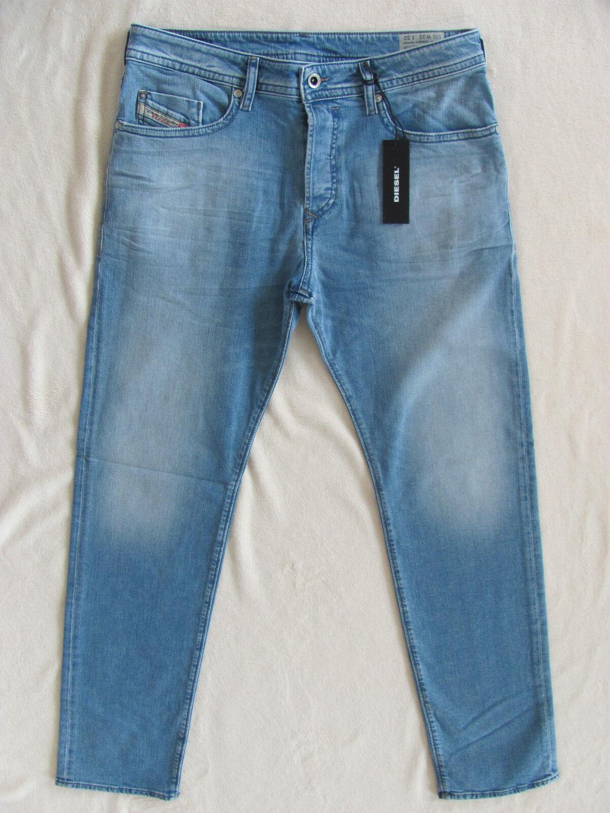 Men's Diesel Buster Jeans Reg Slim Tapered - Wash 0850V - Size 31  L32 -NWT