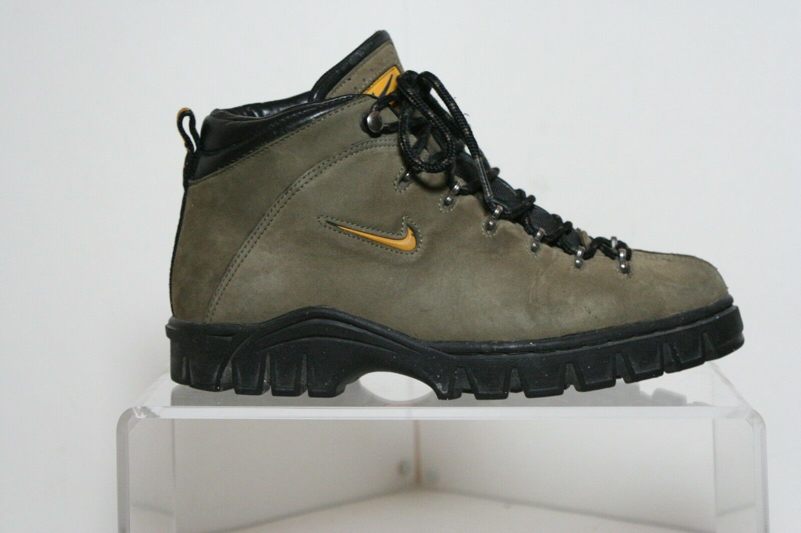 Nike ACG All Condition Gear VTG OG 1998 Hiking Boots Women 9.5 Trail Athletic