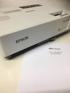 Epson LCD Projector EMP-1810 and remote- Used in Great Condition