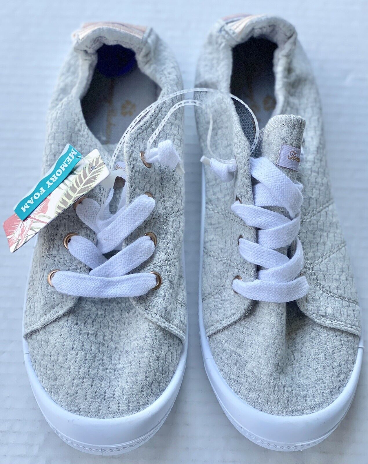 Tommy Bahama Dots Right Women's Casual Sneakers Slip Ons Gray/White Size 8.5