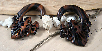 PAIR Triangle Floral Lace Hand Carved Crafted Sono Wood Ear Plugs Hanger Style