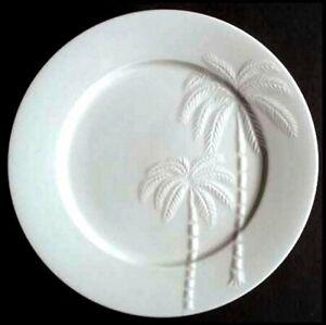 Oneida-Palm-Springs-4-Dinner-Plates-White-Embossed-Palm-Trees-10-75-inch-Retired