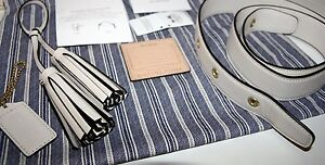 COACH-Legacy-Leather-Duffel-Kit-21848-LIMITED-ED-Strap-Tassel-ID-Tag-PARCHMENT
