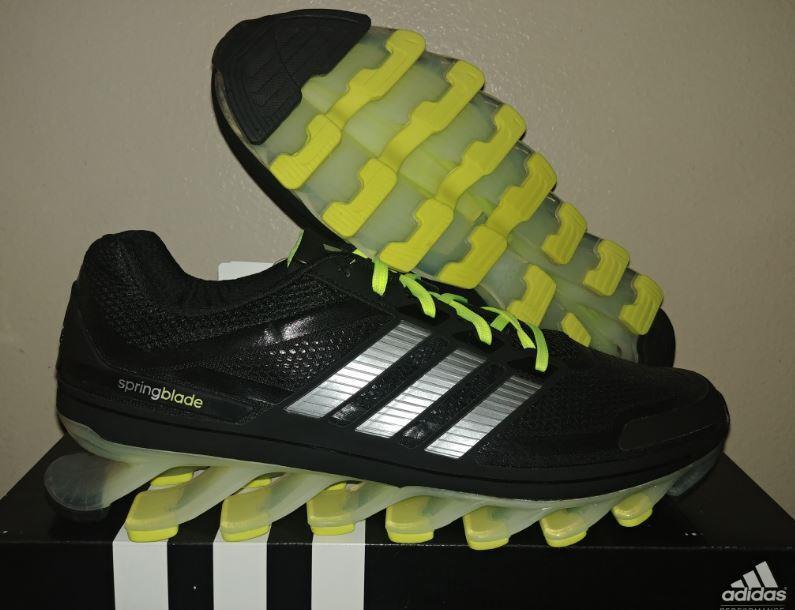 Nuevo G66970 123 Adidas Springblade Negro Electric Volt pasear Running Zapatos 11