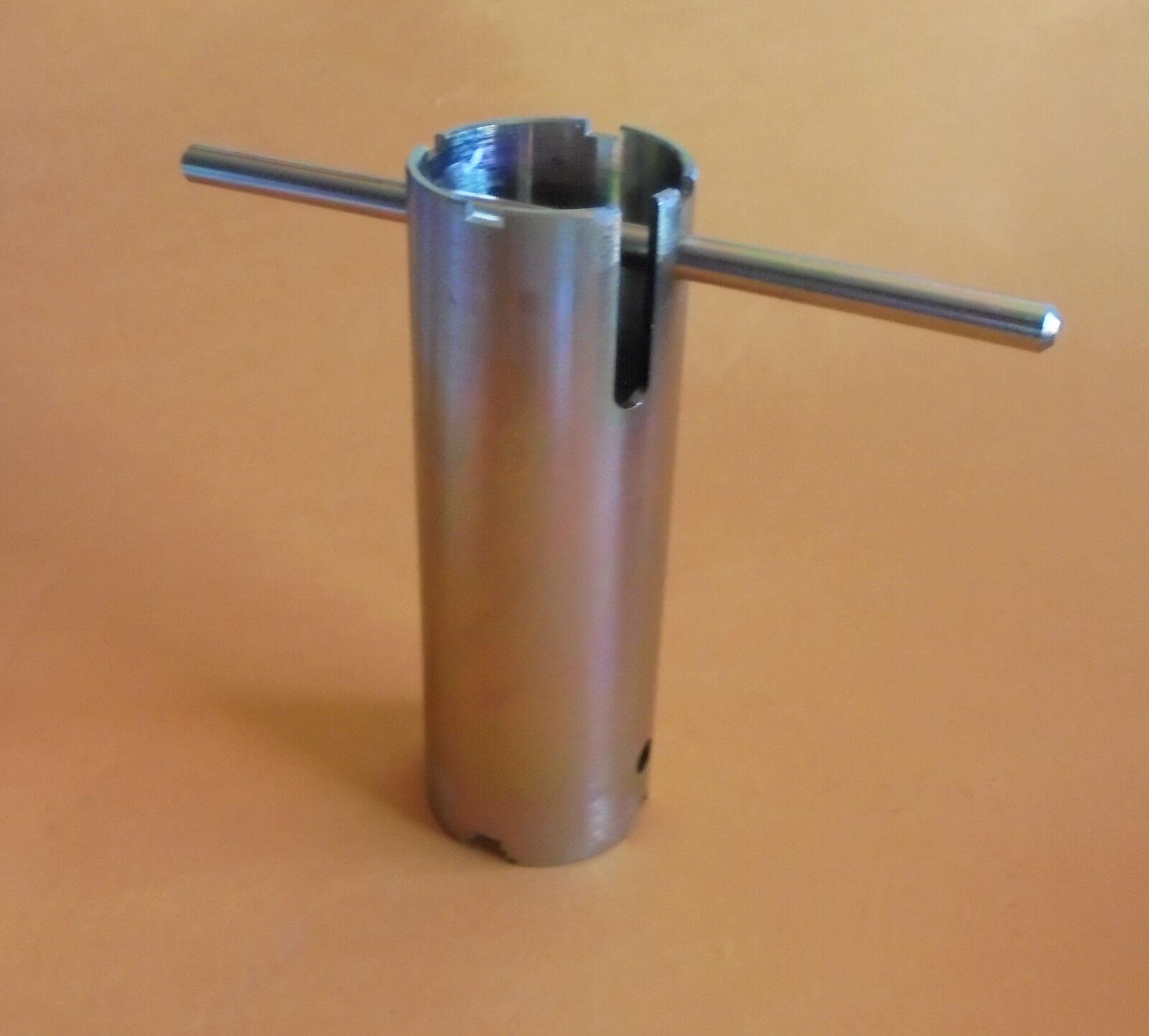 Metall Universalschlüßel  Schlüßel Wasseruhr Messkapsel für div. Zähler   61977
