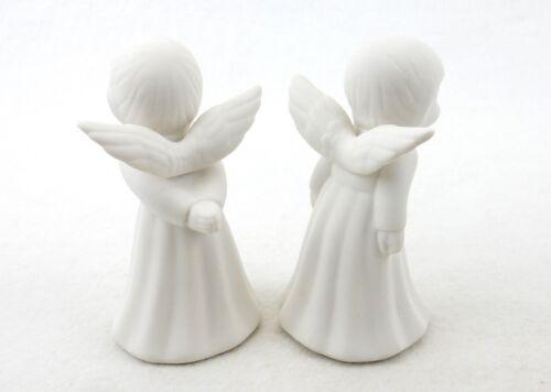 "4 1//2/""H #L8070 Set of 2 ~  White Porcelain Bisque Kissing Angels Figurines"