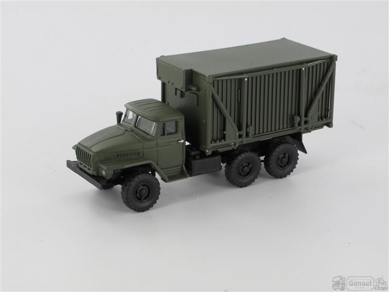 RK-Modelle® 304710 URAL 4320 D D D C Faltkoffer entfaltet NVA Maßstab  1 87  | Glücklicher Startpunkt  2c4794