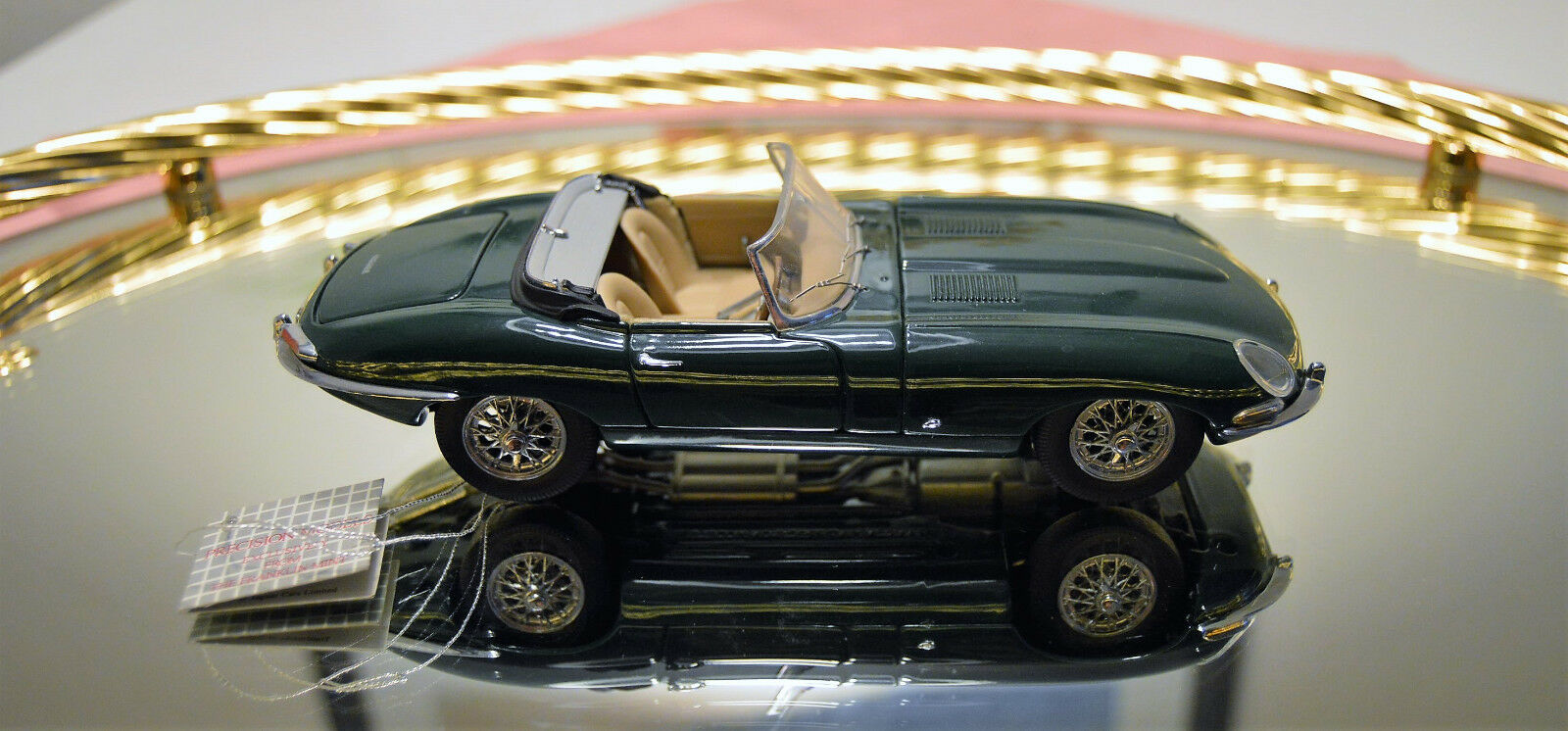 Franklin Mint    FMC15 1961 Jaguar E-Type   Roadster   1961