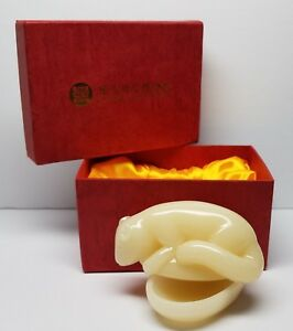National-Palace-Museum-Squirrel-amp-Melon-Jadeite-Paperweight-Box-aft-Ming-Dynasty