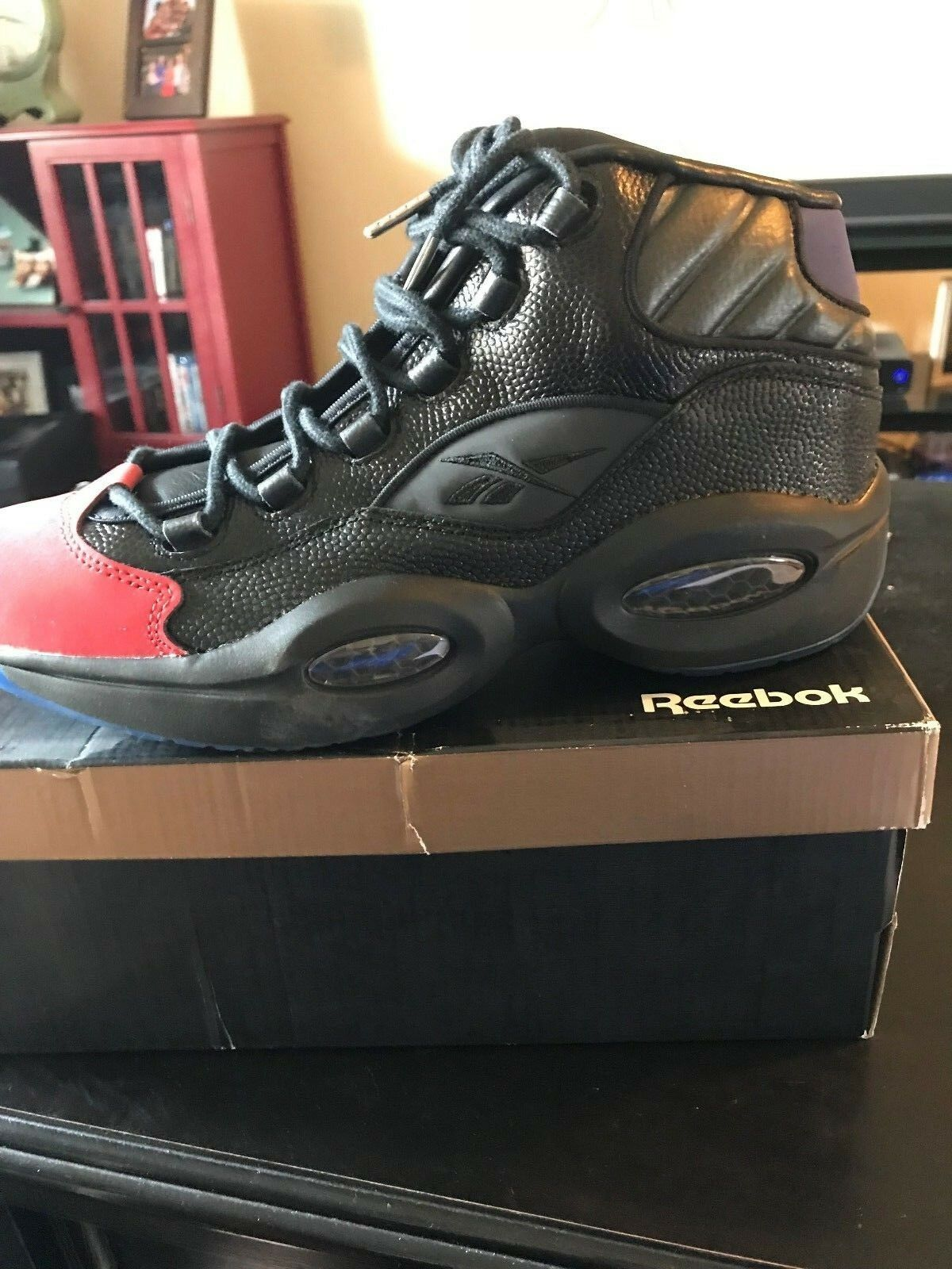 Reebok Question Mid Packer Shoes Curtain Call size 9.5