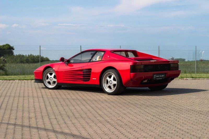 Ferrari Testarossa - 6
