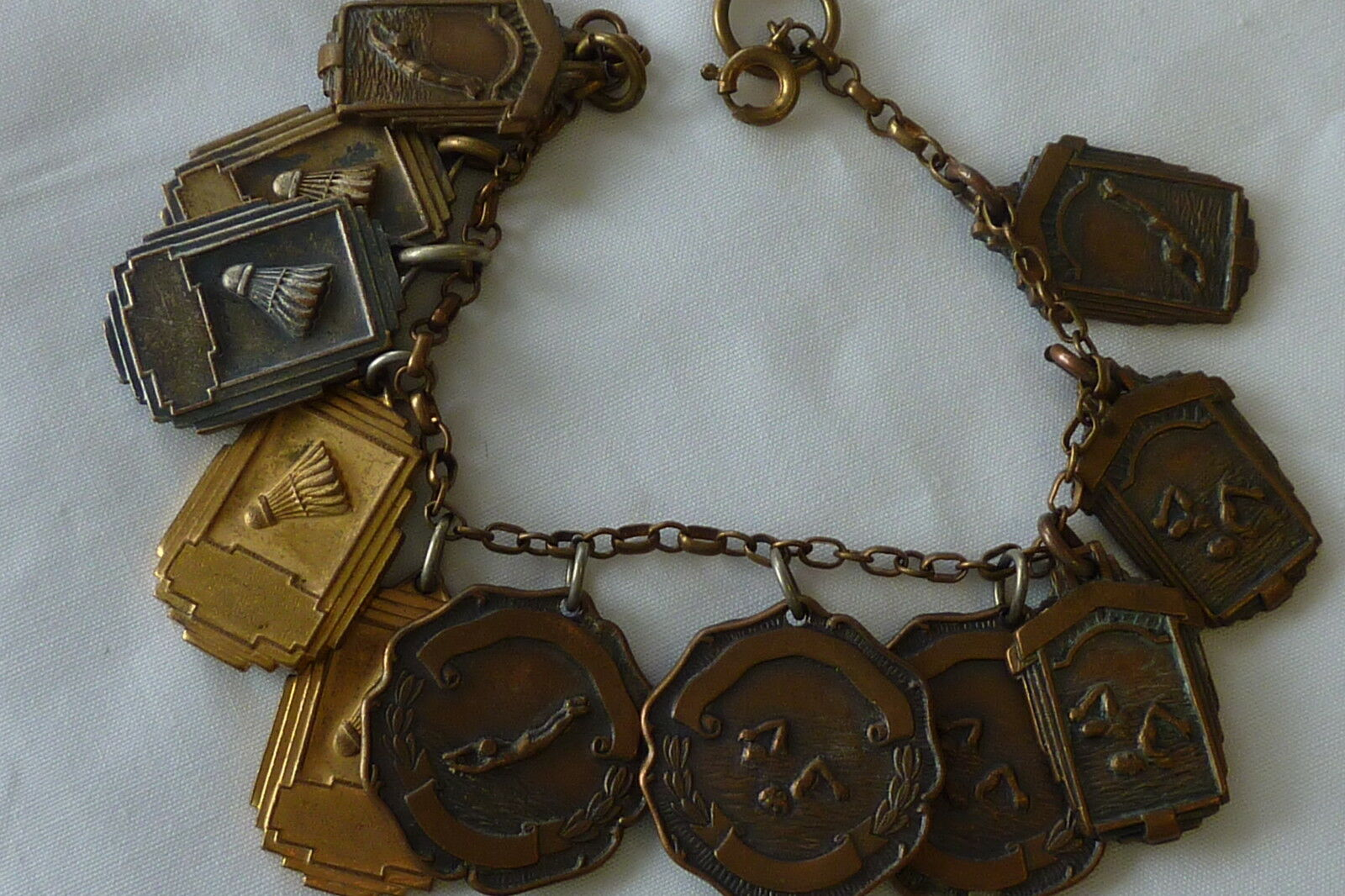 COOL EARLY 40'S CHAMPIONSHIP CHARM  BRACELET ASSORTED SPORTS  11 MEDALS I-3991
