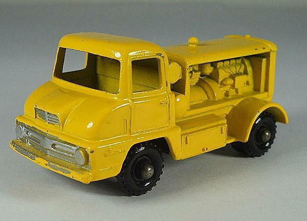 MATCHBOX REGULAR WHEELS Nº 28 B THAMES Compresseur Camion jaune BPW LESNEY 2 496