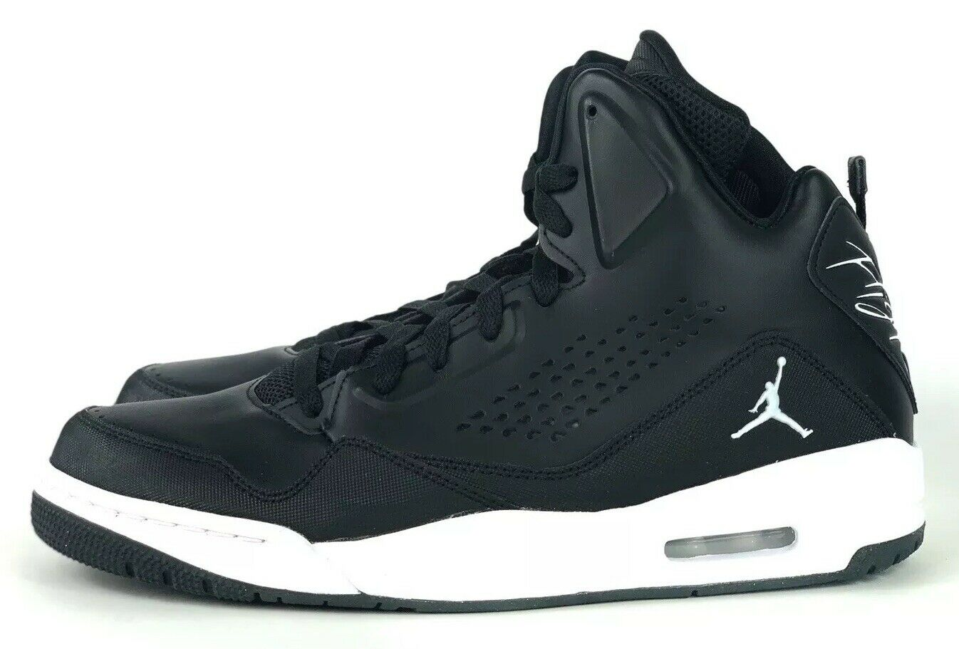 Nike Air Jordan SC-3 Basketball shoes Black White 629877-008 Sz 10