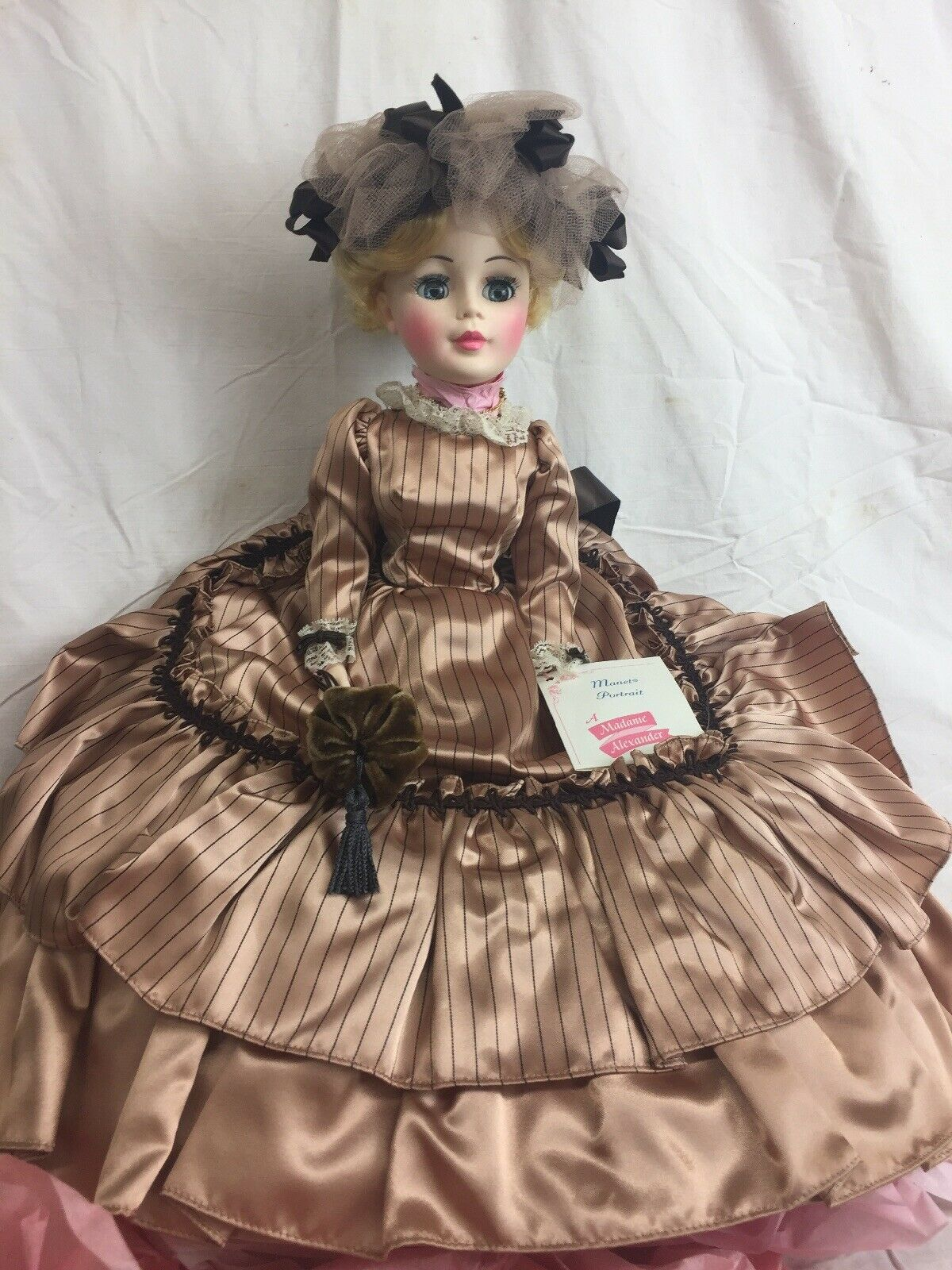 Alexander Portrait Doll Manet Fashion Lady Doll GORGEOUS  Never Used