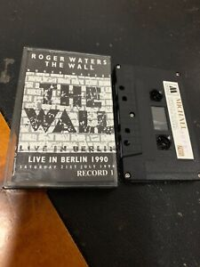 ROGER-WATERS-THE-WALL-Live-In-Berlin-1990-Michael-2079-Cassette-Tape-Rare