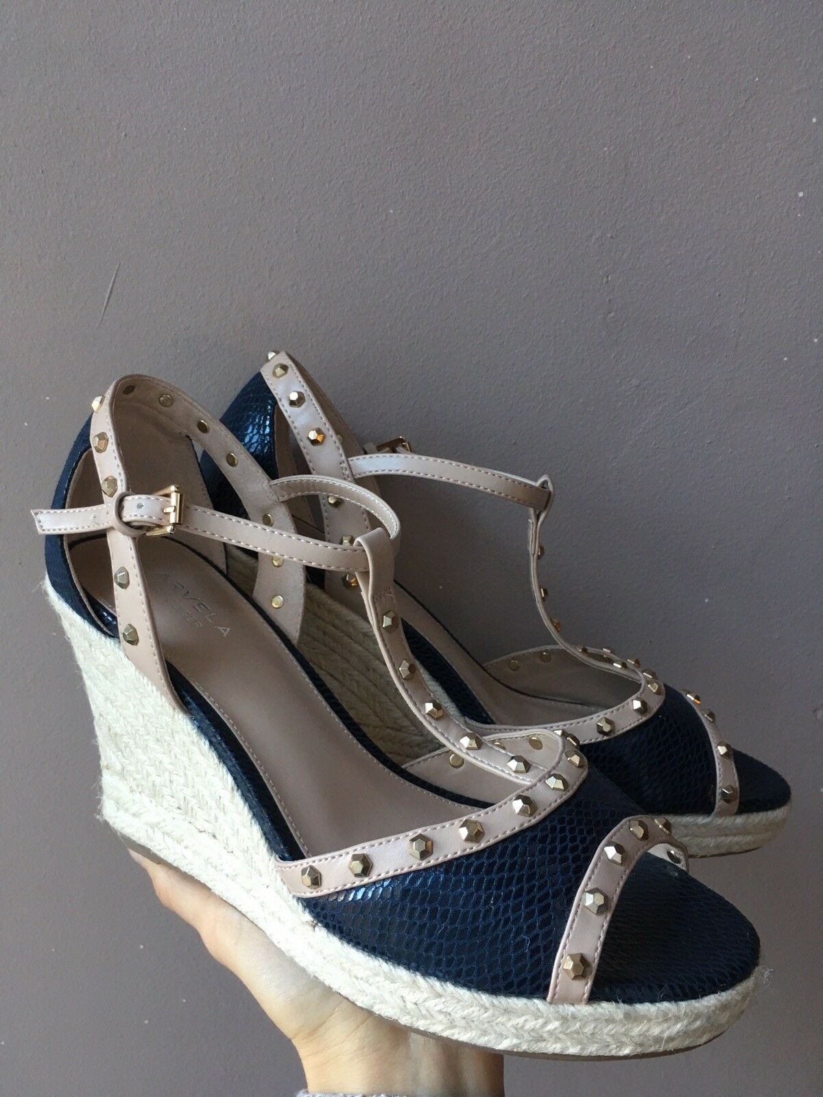 New Carvela Wedge shoes Size 8 Sale