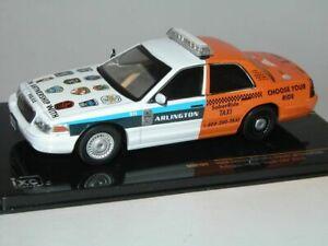 Ford-Crown-Victoria-Arlington-policia-1-43-Modelo-Coche