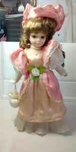 Bambola-porcellana-antica