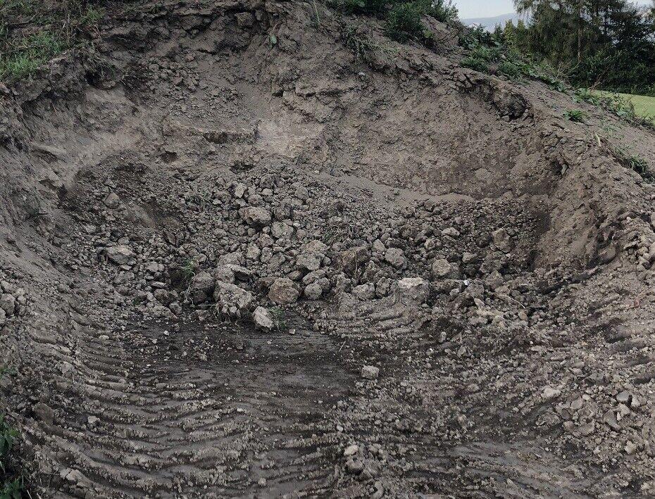 Mutterboden - Muttererde - Pflanzboden