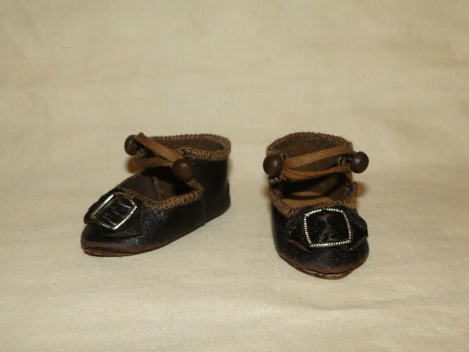 BEBE Leather schuhe, Bru style for antique doll 2 1 2  (or 64 mm)