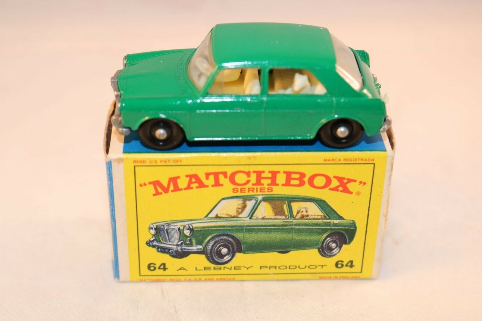 Matchbox Lesney No 64 M.G. 1100 excellent plus to to to near mint in box 44bc08