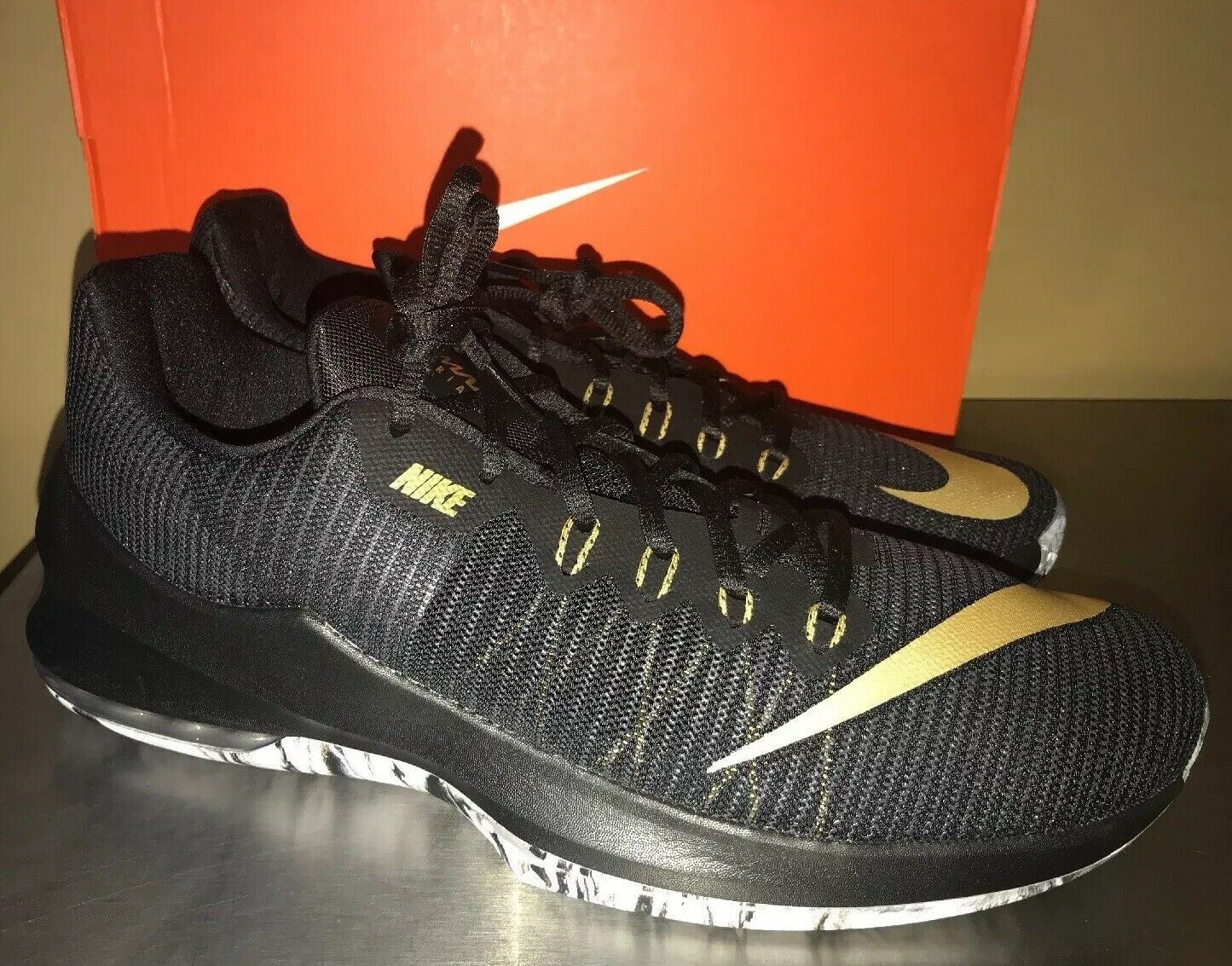 Nike Air Max Infuriate 2 Low shoes Black gold Sz 8.5 Men's 908975 090 NEW
