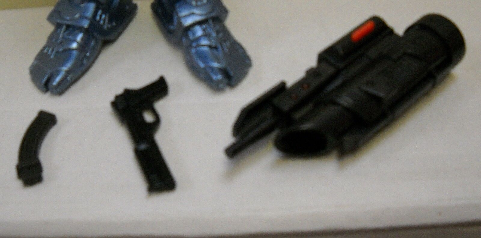 New in in in Catalog Box Audiotonic Talking Robocop 12  Figure with Weapons 968f48