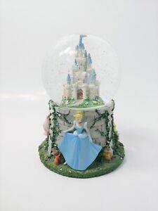 Disney-snowglobe-collectible-with-Cinderella-Aurora-and-Belle