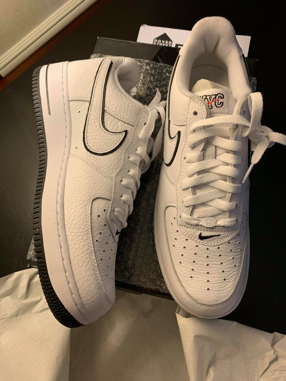 NEW Nike Air Force 1 Low Retro DSM White 10.5 READY TO SHIP shoes Dover street