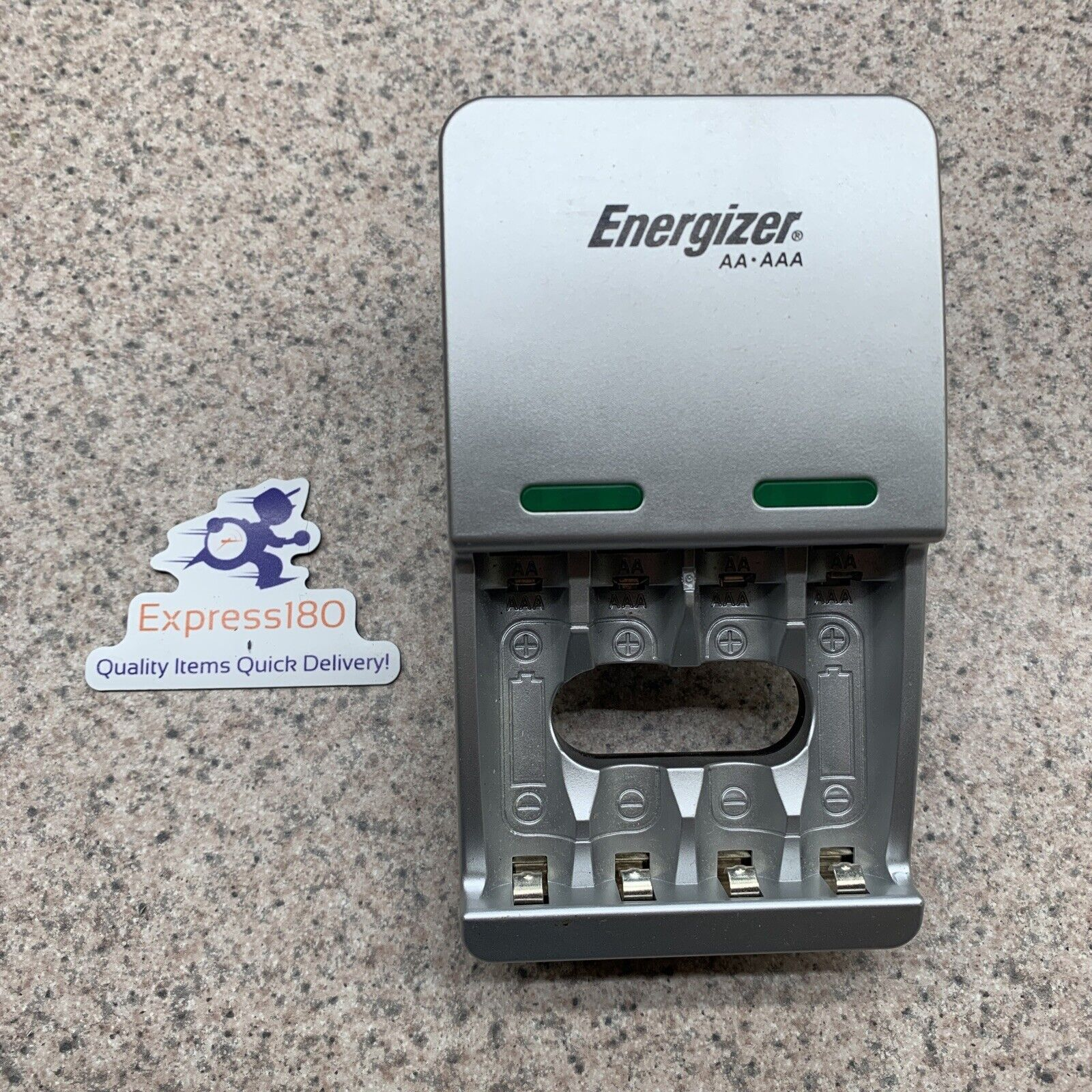 (HO) Energizer Battery Charger CHVCM for AA & AAA Free US Shipping