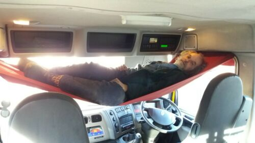 Hammock for inside truck cab Day-cab bunk for tired truck drivers,