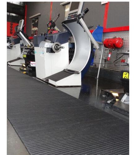Textured surface DRAINABLE MAT WET AREA MATTING SLIP RESISTANT DUCKBOARD