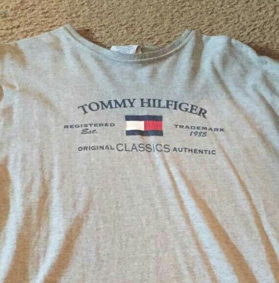 Vtg 90s Designer Tommy Hilfiger grau Short Sleeve Spell Out Flag L Classics NICE