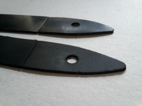 Une paire de caoutchouc Morris Minor 1000 Boot Charnière Joints