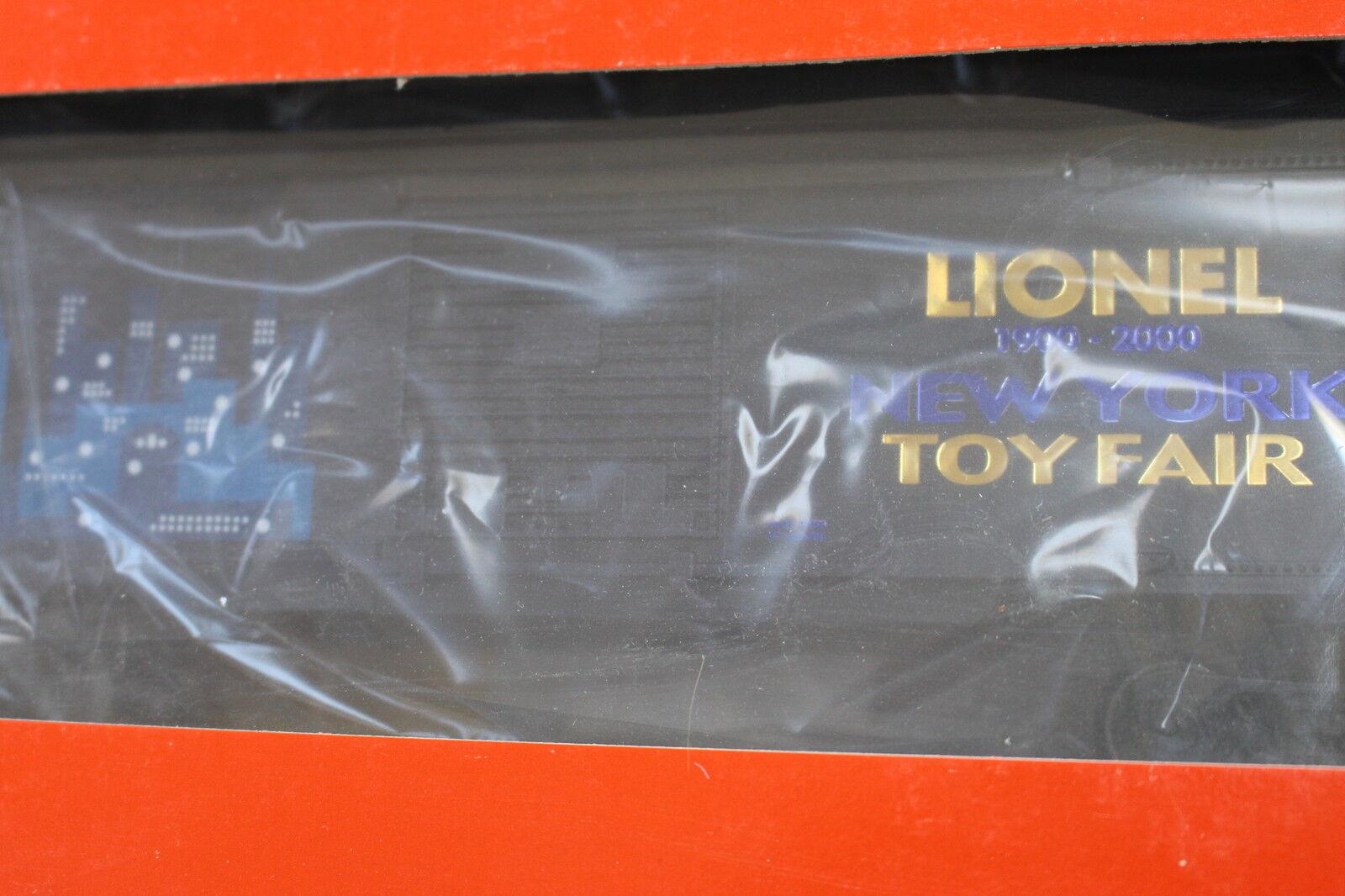 2000 Lionel 6-19989 2000 Toy Fair Box Car L2667