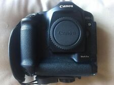 Canon EOS 1D Mark II 8.2mp DSLR w box & books. Used in very good condition.