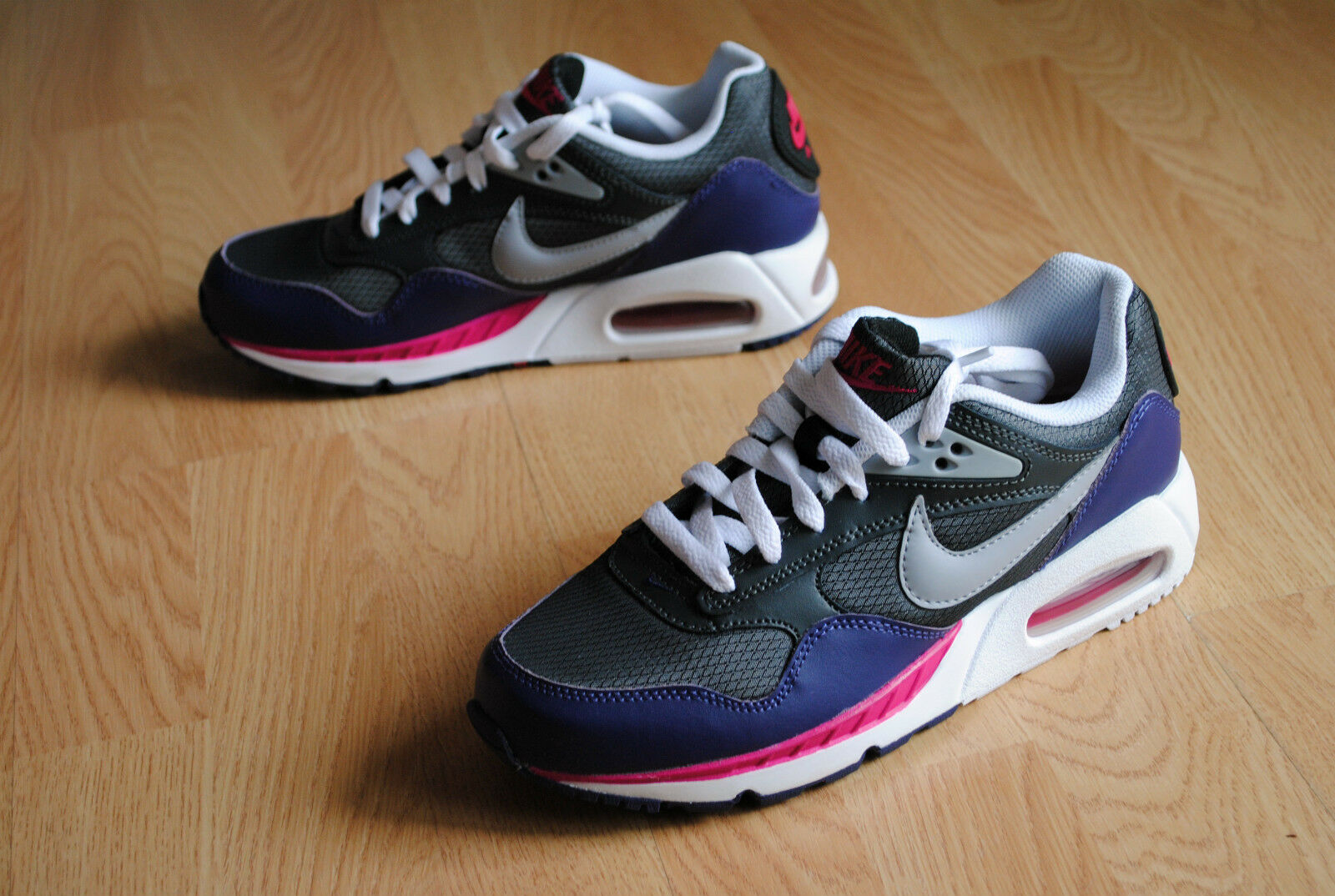 Wmns Nike Air Max correlate 38 Command Classic free 1 skyline 90 BW Light