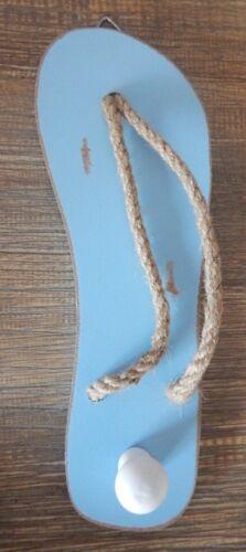 Flip Flop Toalla Gancho Percha Madera Abrigo Azul en un estilo rústico tema náutico