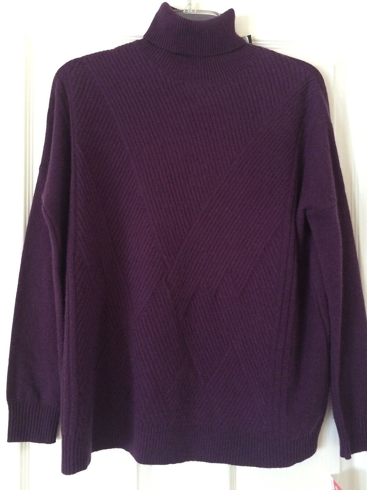 NWT C by BLOOMINGDALES Cashmere Turtleneck Tunic  Sweater Plum XS  228