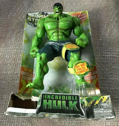 """HASBRO 11/"""" smashin Stompin Incroyable Hulk Roaring Talking Light Up yeux"""