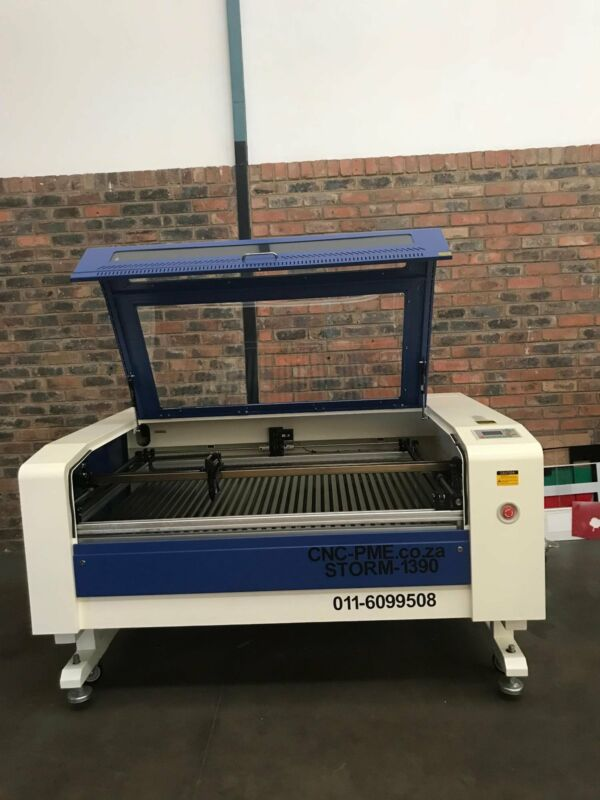CO2 Laser Cutter and engraver 1390