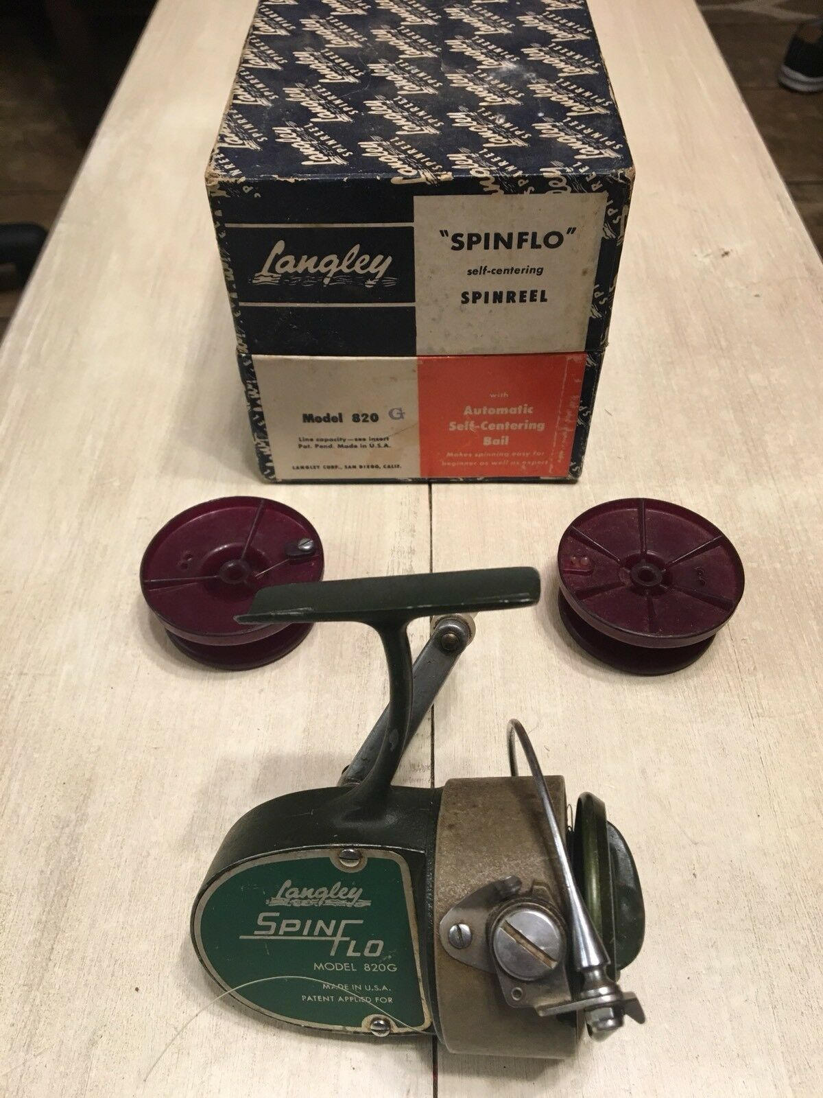VINTAGE LANGLEY SPINFLO 820G Spinning Reel Spare Spools and Original Box Fishing
